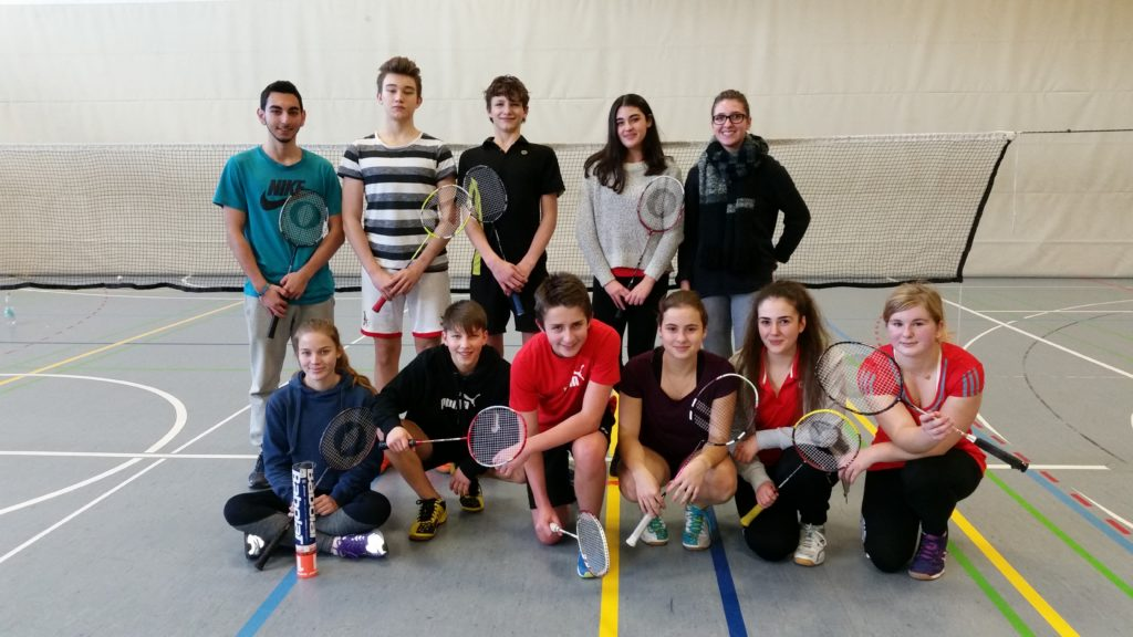 photo-badminton-schulmannschaft-2017-1
